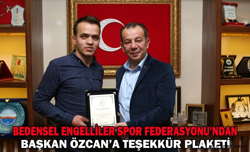 Bedensel Engelliler Spor Federasyonu'ndan Başkan Özcan'a teşekkür plaketi
