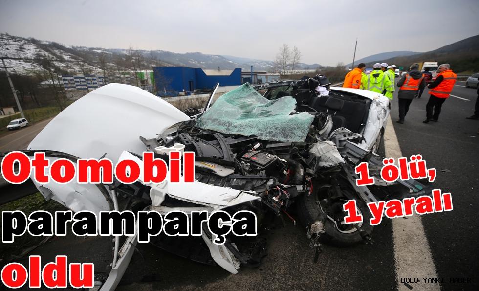 Otomobil paramparça oldu; 1 ölü,1 yaralı